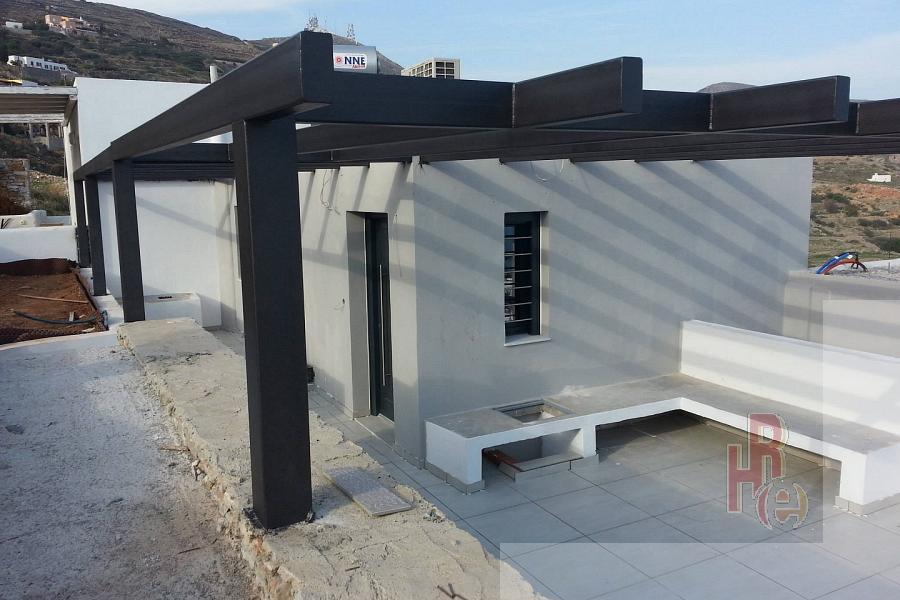 Εξοχική κατοικία σε συγκρότημα μεζονετών στη Σύρο