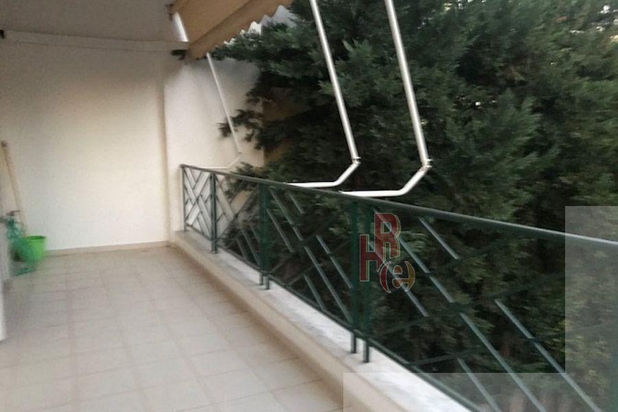 Διαμέρισμα στο Παπάγου, κοντά στο Verde.
