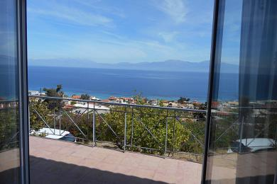 Property in XYLOKASTRO - Holiday House