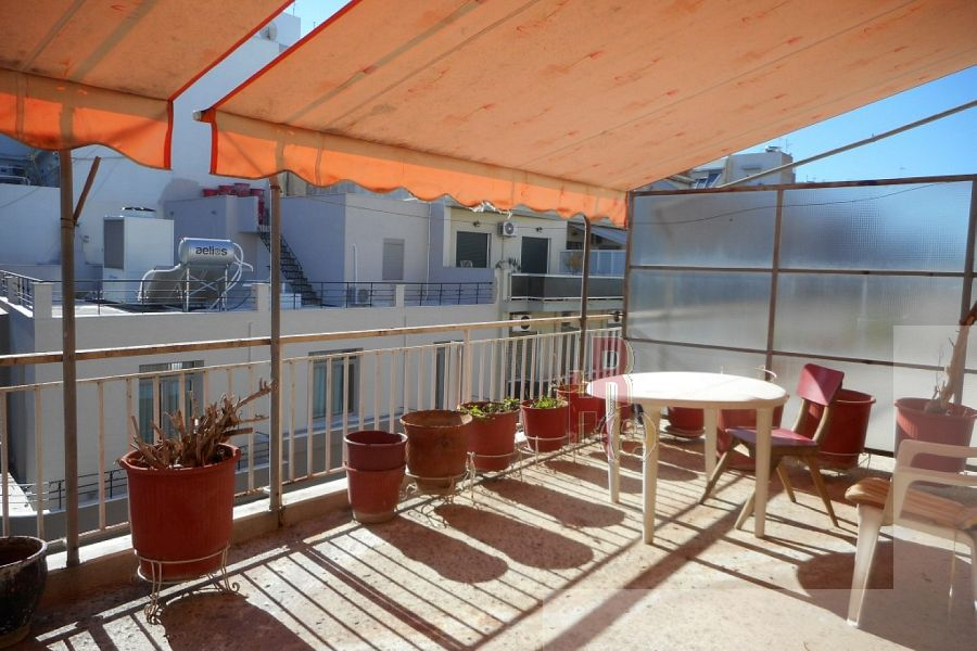 Ρετιρέ διαμέρισμα στη Νεάπολη, κοντά στην Λ. Αλεξάνδρας
