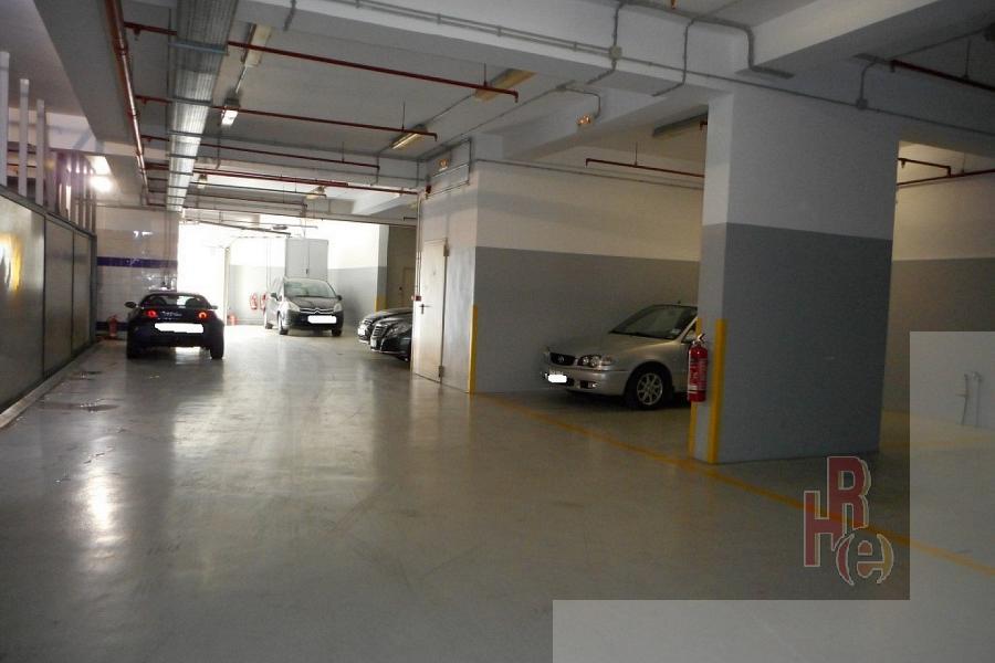 Κτίριο parking στο Νέο Κόσμο, πολύ κοντά στην Καλλιρόης