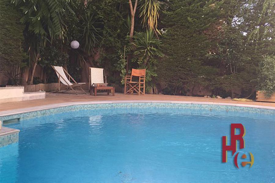 Πολυτελής κατοικία στο Παπάγου με πισίνα