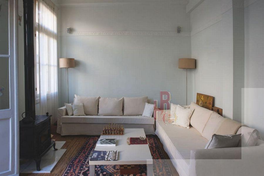 Ανακαινισμένο διαμέρισμα στο Μοναστηράκι, Αθήνα