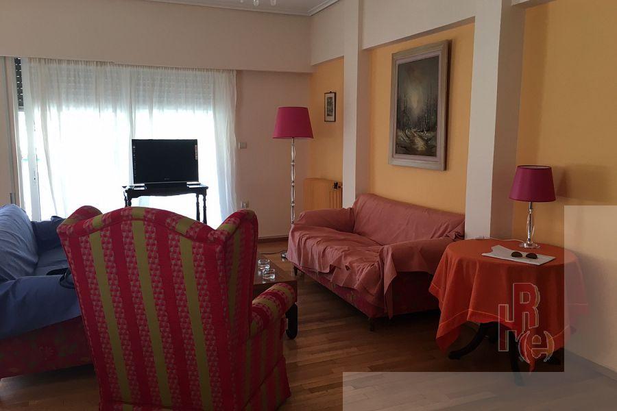 Aνακαινισμένο και επιπλωμένο διαμέρισμα στο Παγκράτι
