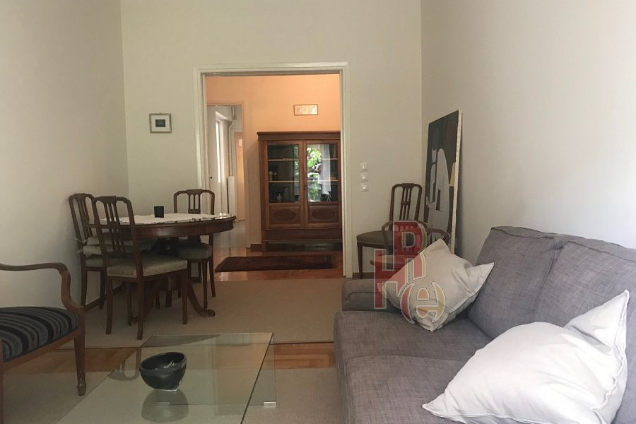 Eπιπλωμένο διαμέρισμα στο κέντρο του Κολωνακίου