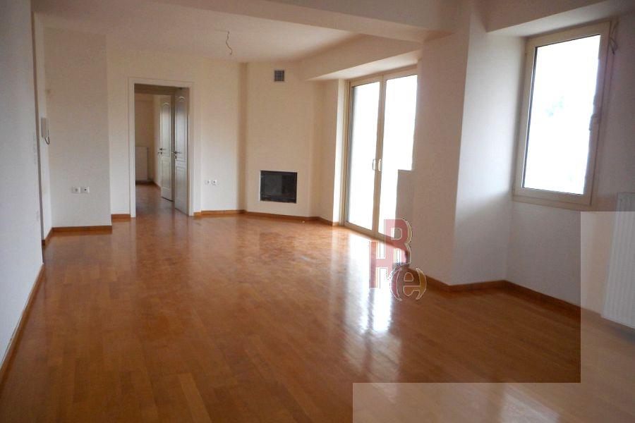 Διαμέρισμα στο Χαλάνδρι, κοντά στη Ριζάρειο
