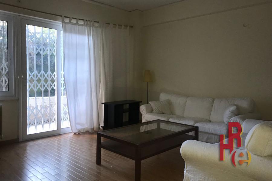 Ανακαινισμένο διαμέρισμα στο Ζωγράφου πολύ κοντά στο Πολυτεχνείο